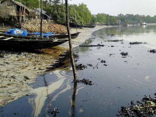 marea-negra-Bangladesh3